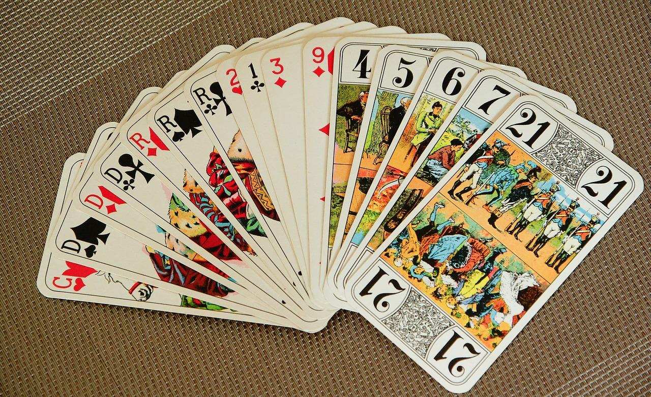 comment jouer au tarot seul